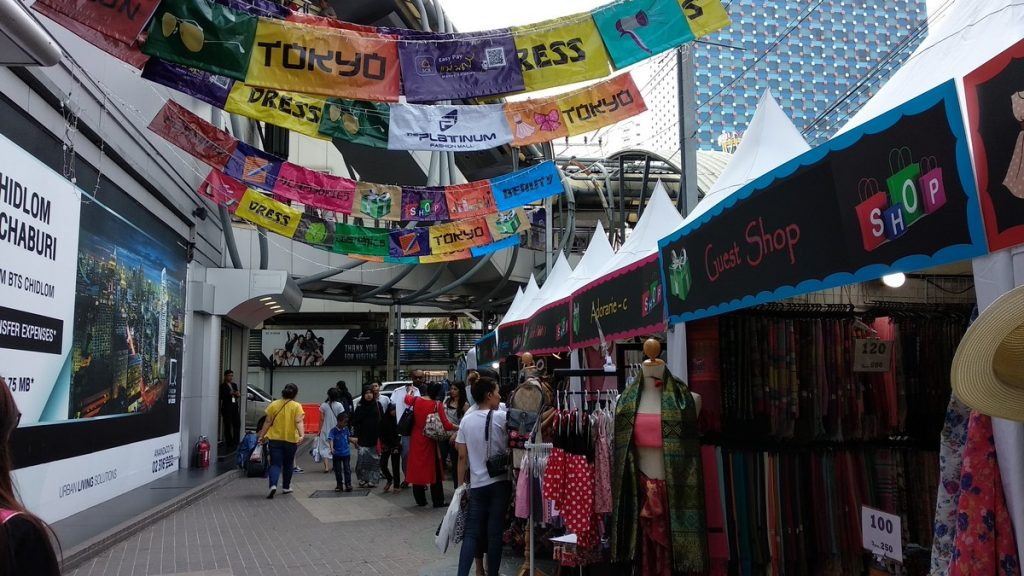 ed12c88b76216 Ultimate Bangkok Shopping Guide to Suit Every Budget