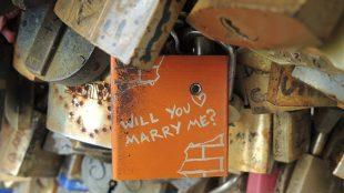 Paris love lock