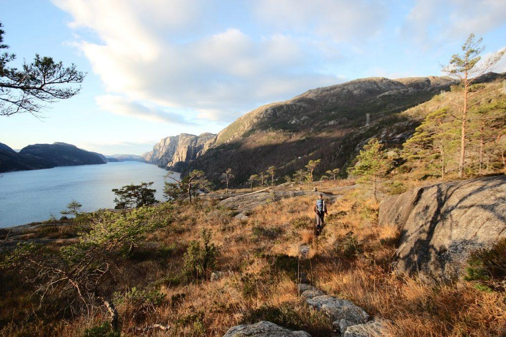 hiking in fjords norway