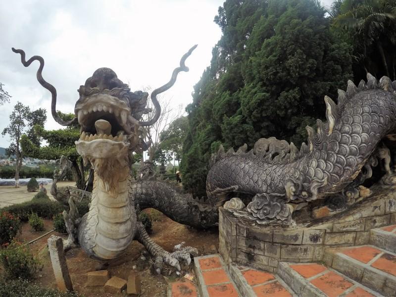 Linh Ah Tu pagoda)