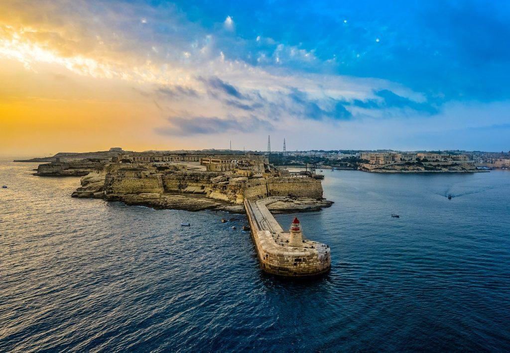 lighthouse-malta