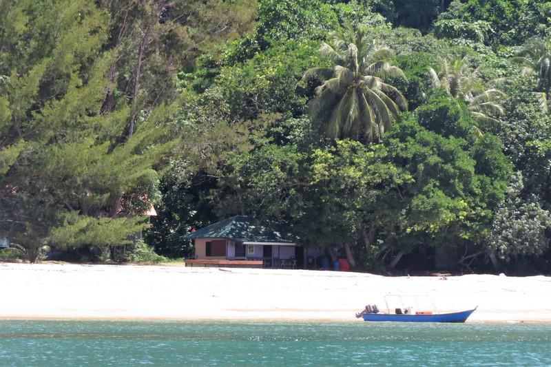 Satang Island accommodation