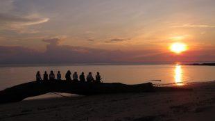 sunset satang island