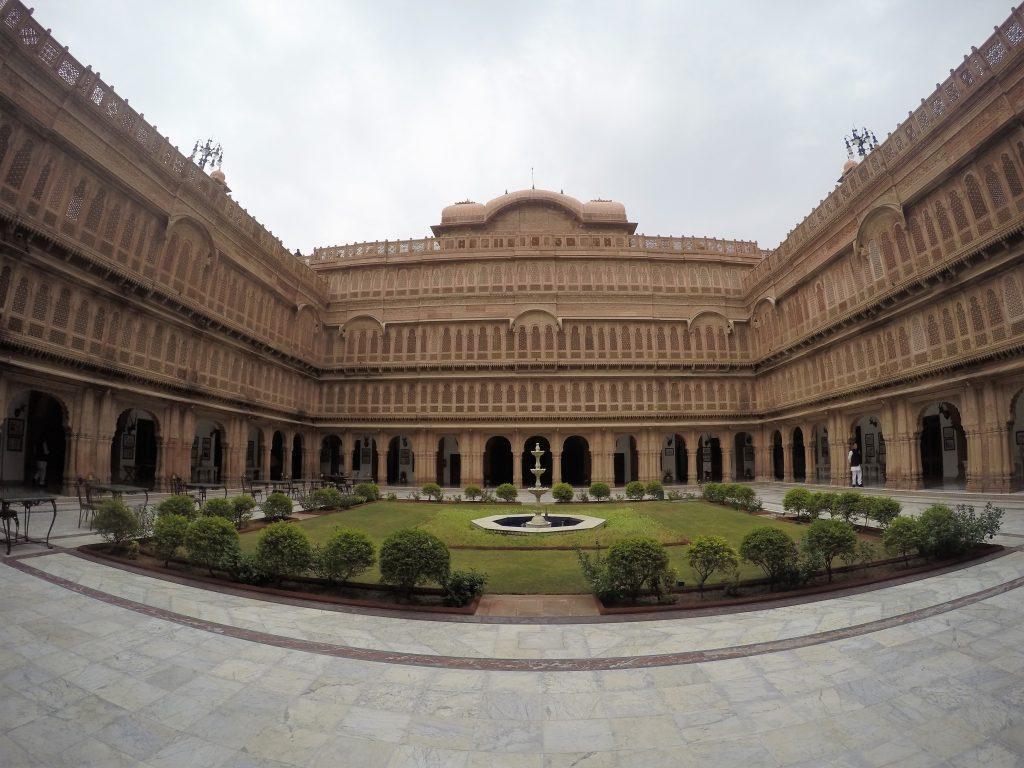 Grand Laxmi Niwas Palace, Bikaner