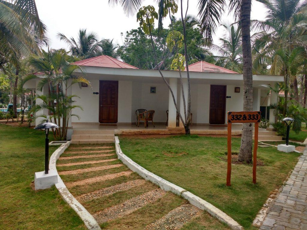 Chariot beach resort cottages