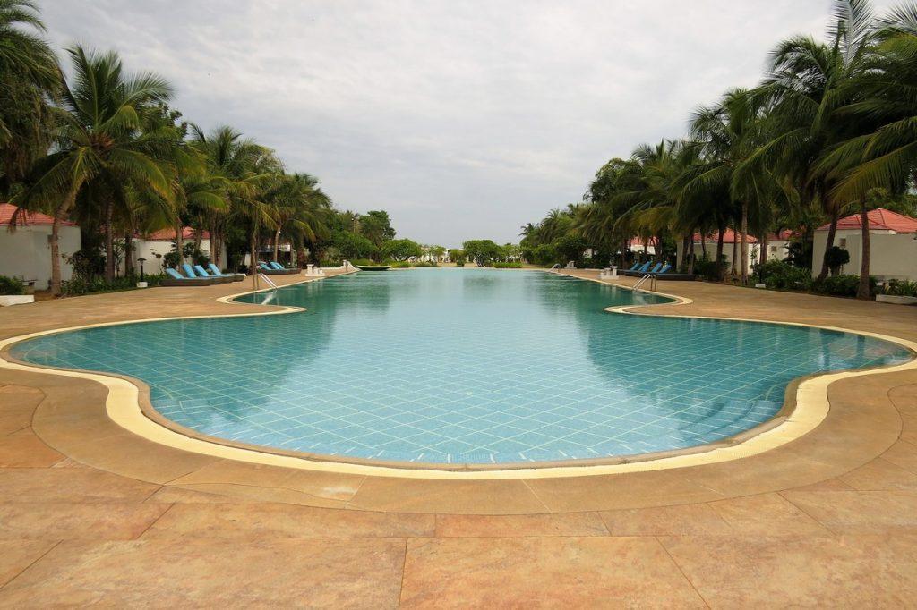 pool chariot beach resort