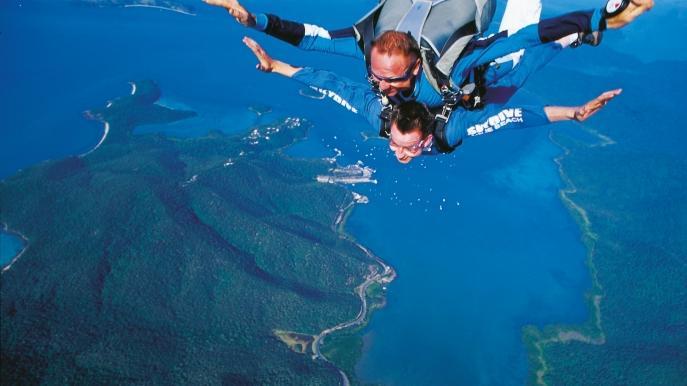 skydive barrier reef
