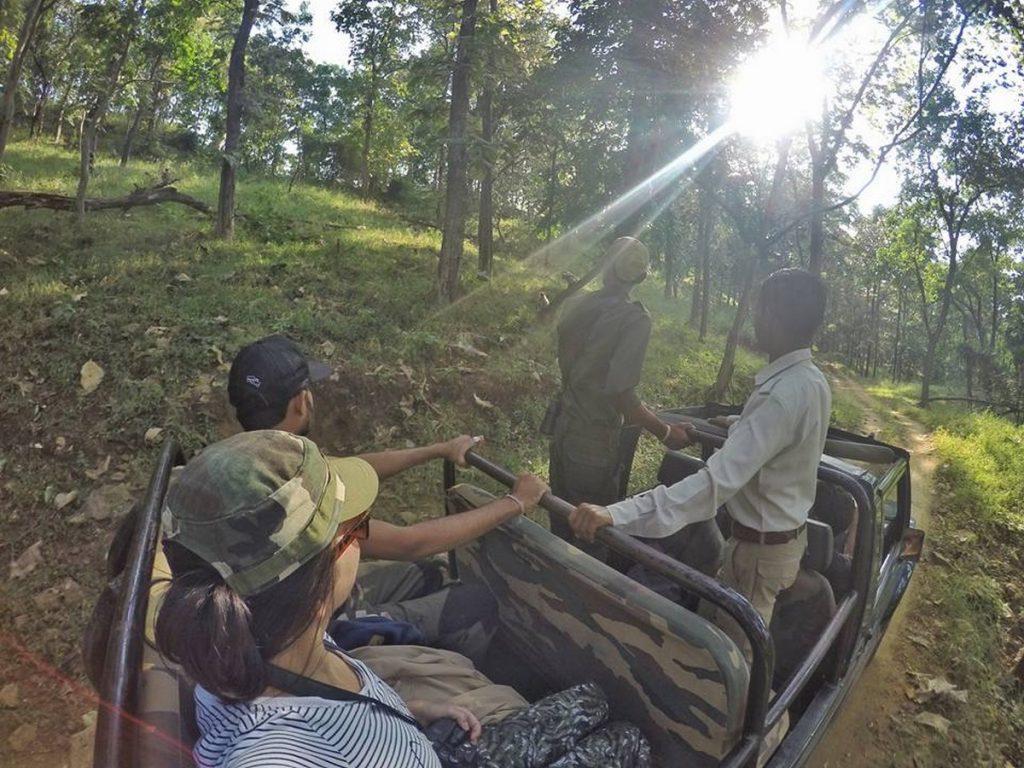 jeep safari satpura