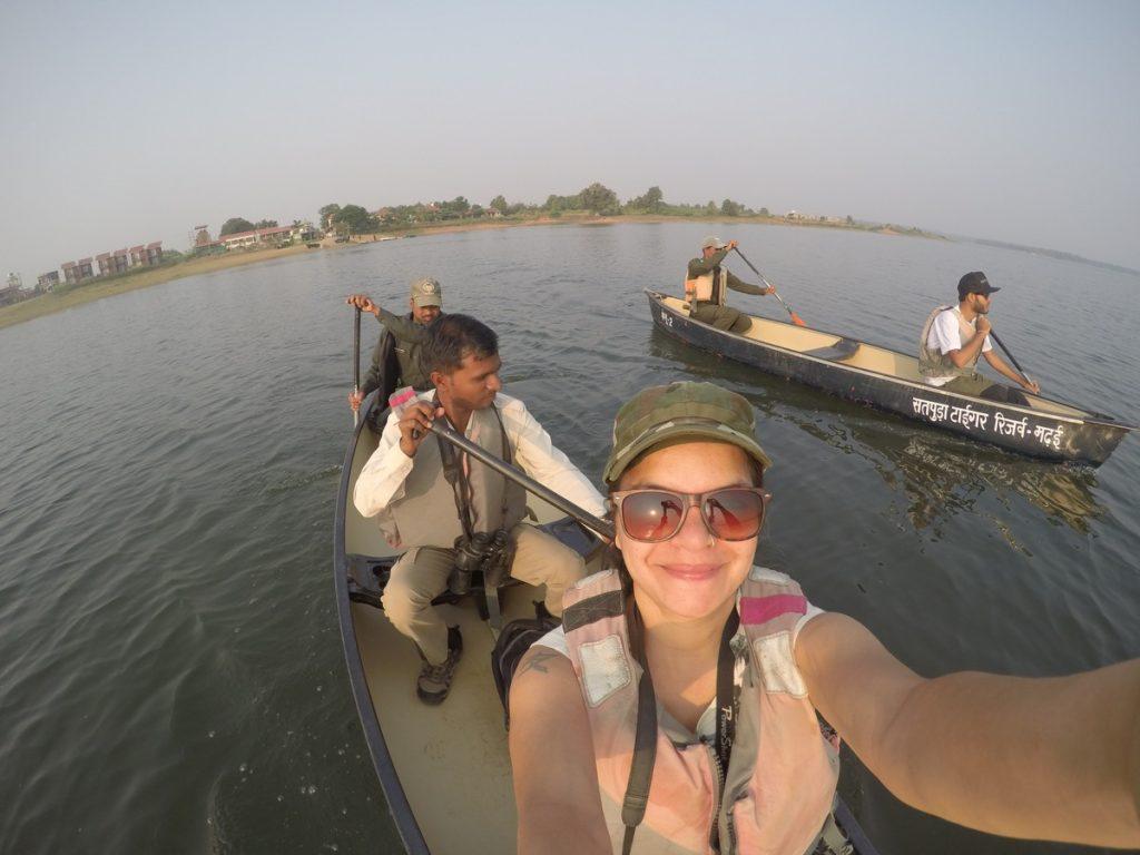 canoe safari satpura