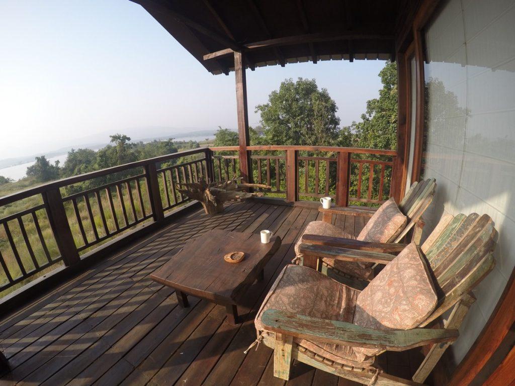 morning views satpura