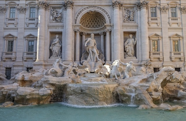 Breathtaking trevi fountain