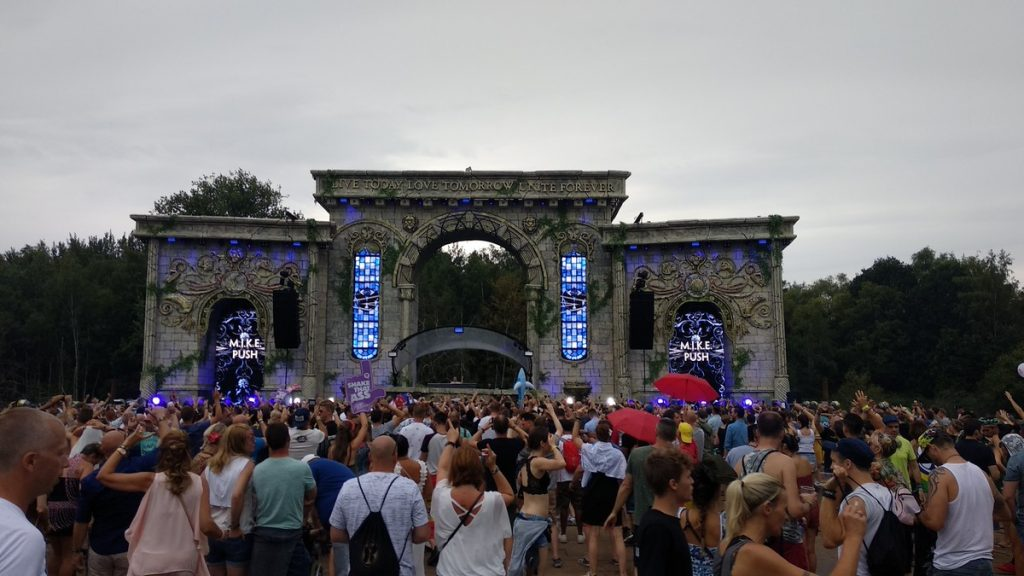 stages at tomorrowland