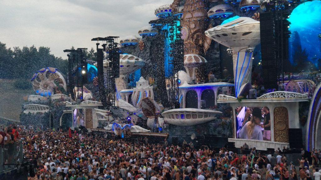 main stage tomorrowland 2018