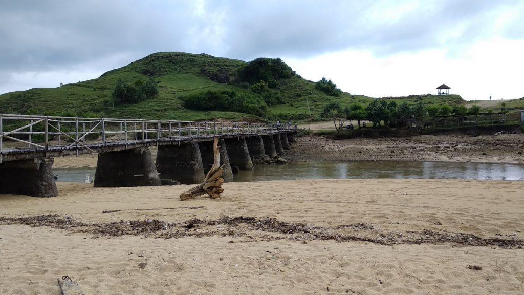 how to reach seger beach